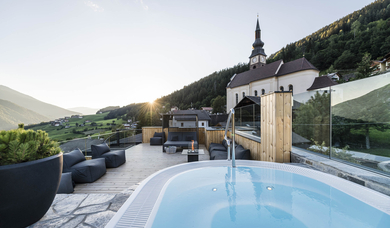 Guest House Viel Nois in Val di Funes