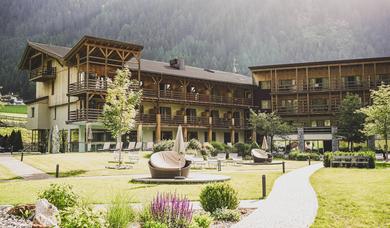 Alpine Wellness Hotel Masl in Valles